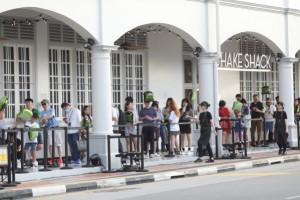 한국서 성공한 버거 브랜드, 싱가포르서도 흥행 예고